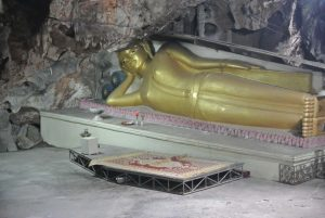 Wat Khao Bandai It Cave