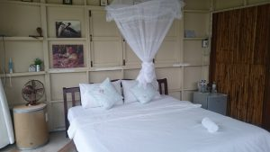 Jolie chambre au Ban Bang Home Resort